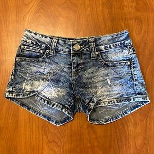 Daytrip Scorpio Shorts Size 26